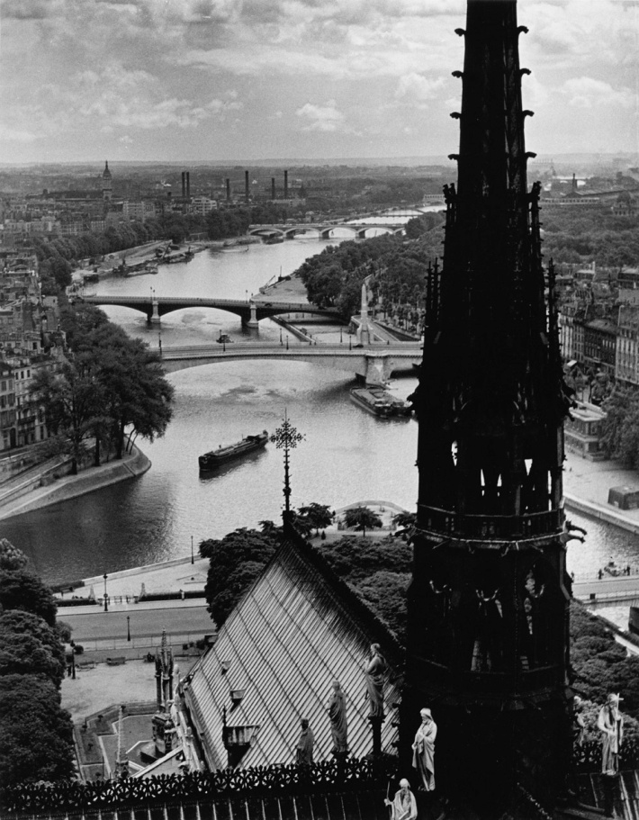 ViewNotreDameParis1939