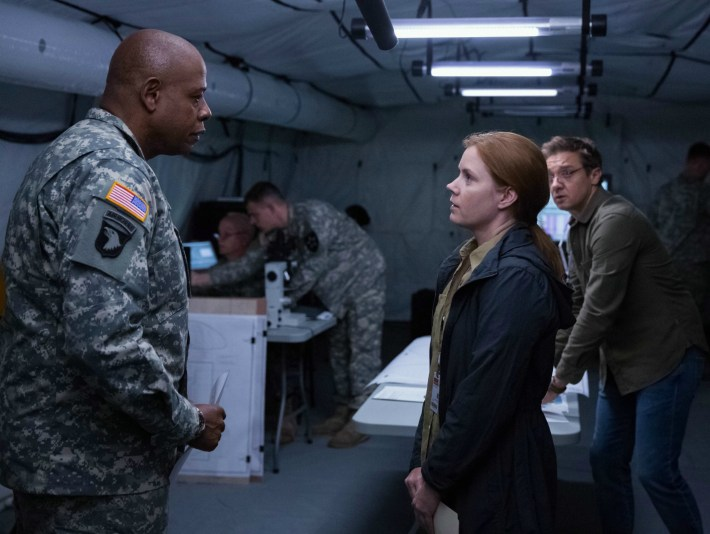 la_llegada_the_arrival_amy_adams_jeremy_-renner_forest_whitaker3
