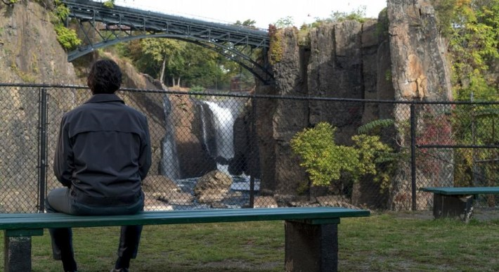 paterson-film-movie-adam-driver-jarmusch-falls-catarata