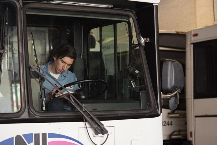 paterson-movie-jarmusch-adam-driver-writing